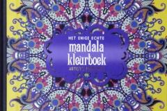 2018-12-03 - Het enige echte mandalakleurboek - artist's edition2