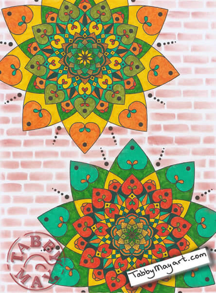 Intricate mandalas met Lyra Art Pen